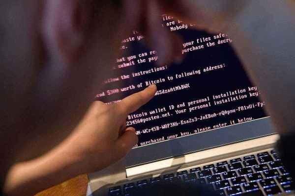 cara mengaktifkan perlindungan dari ransomware pada windows 10